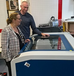 John Peto from Nerve Centre shows Donna O'Connor 3D laser printer